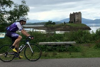mark_beaumont_at_castle_stalker.jpg