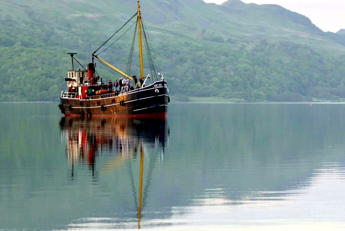Anchored in Loch Riddon 2.jpg